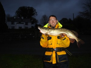 Island house guest with 93cm pike caught in November 2010